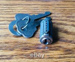 1930s Ford LOCK CYLINDER withKEYS vtg NOS exterior handle