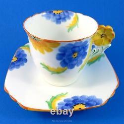Poignée De Fleur Art Déco Avec Blue & Yellow Daisies Collingwoods Tea Cup & Soucoupe