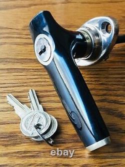 Poignée De Porte Studebaker Des Années 1930 Avec Serrure Extérieure Antique Nos Logo Keys