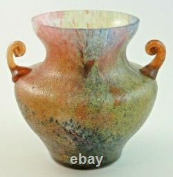 Vase En Verre D'art Avec Poignées Appliquées Antique Bohemian Czech Deco Kralik Glue